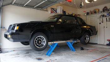 EZ CAR LIFT - FREE-STANDING USE-ANYWHERE CAR LIFT! FAST  SAFE